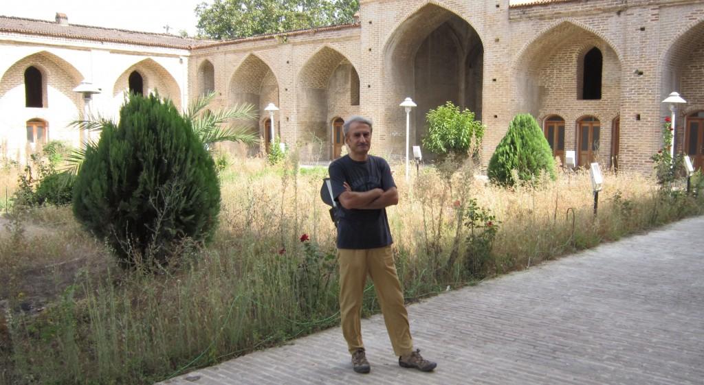 مسعود بیزارگیتی / بنای تاریخی موسوم به مسجد فرح آباد